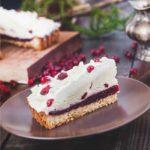 """Торт """"Брусничный"""" с белым шоколадом"""